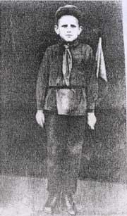 Пионер Витя Третьякевич - будущий молодогвардеец. г. Краснодон, 1935 г.